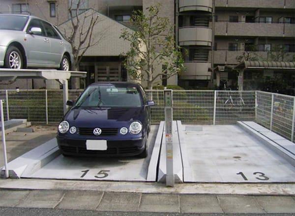 立体駐車場設備内清掃